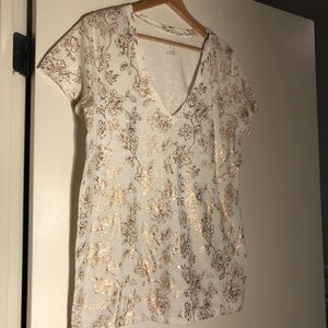 Women's XXL white tshirt with gold flowers